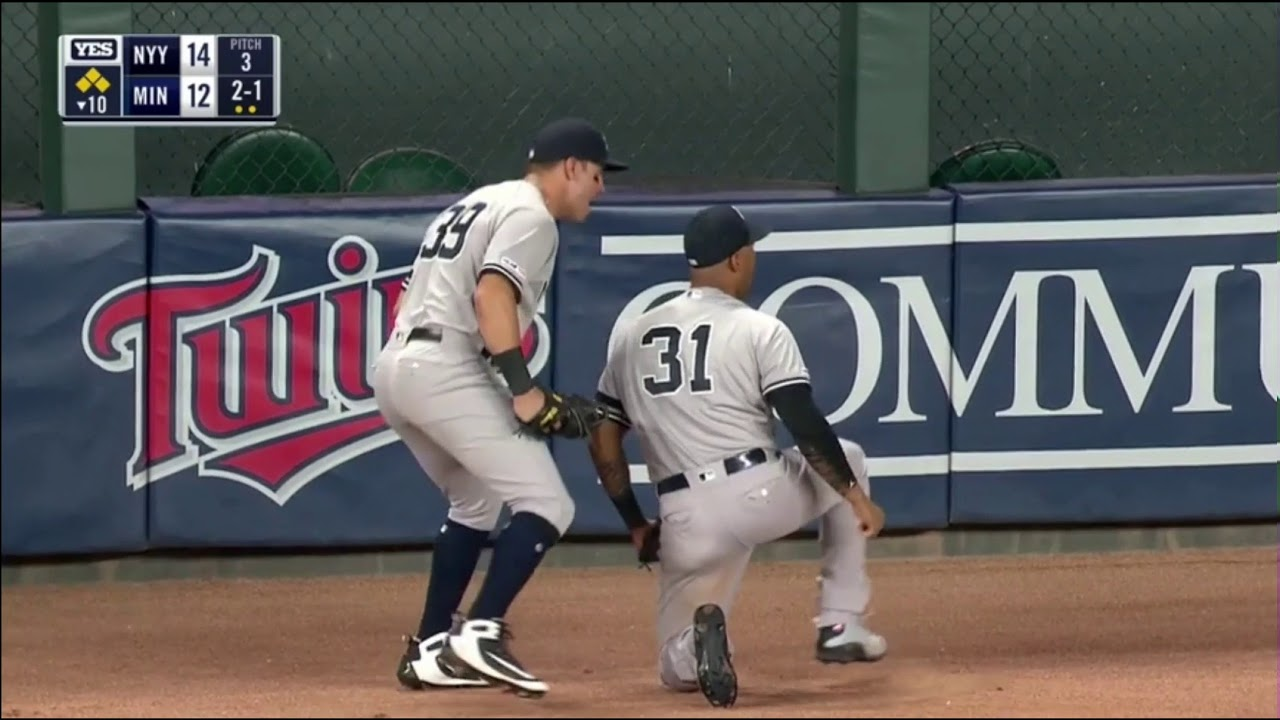 Download Ending To Crazy Yankees-Twins Game With Start Spreading The News Music