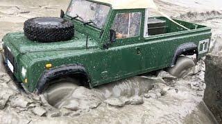 Land Rover stuck in MUD ♦ World Trip MUD BATTLE!