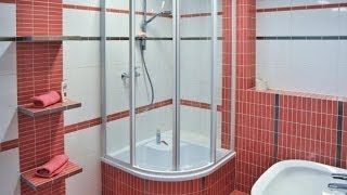 Обзор душевых кабин. Как выбрать(Душевые все чаще обосновываются в наших ванных комнатах, и имеют строго функциональное назначение. Оборуду..., 2014-02-25T00:36:41.000Z)