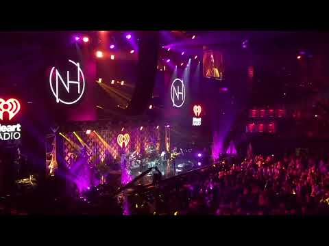 Niall Horan - Seeing Blind (LIVE at the LA...