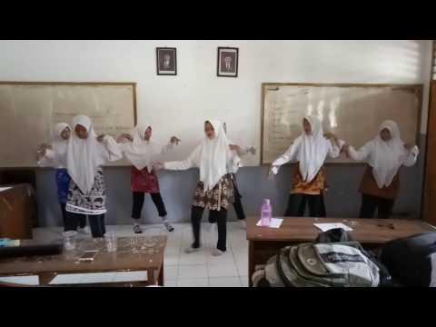 Tari Sunda Mojang Priangan