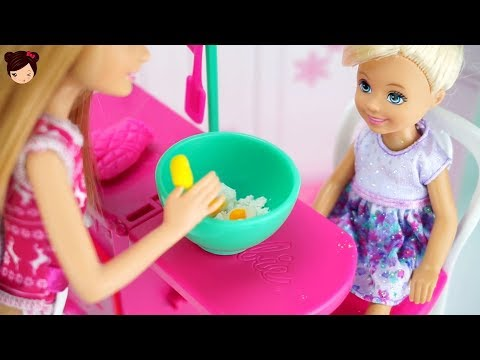 Barbie Chelsea Bakes Her First Holiday Cookies - Pink Toy Oven for Kids!