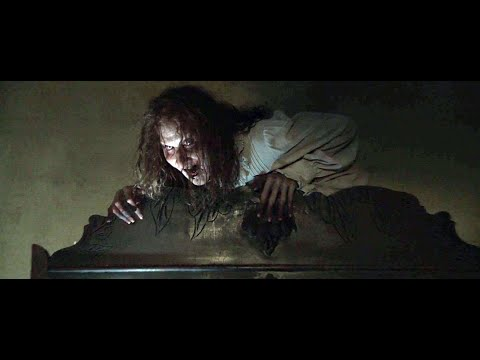 The Conjuring [Wardrobe Scene] - Mom's Reaction - YouTube