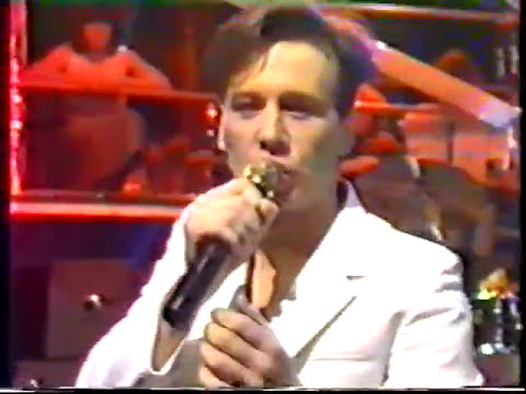 SIMPLE MINDS LIVE ON THE TUBE 09-12-1983