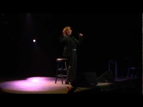 I Made It Through The Rain (Live) Barry Manilow