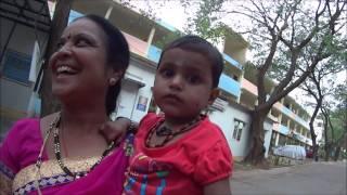 Три сестры... Во сколько лет индийские женщины прокалывают нос