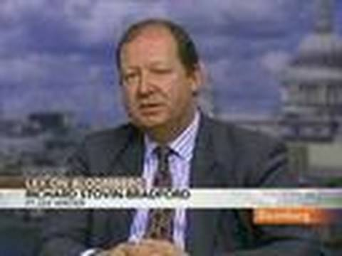 FT's Stovin-Bradford on Central Bankers' Meeting at BIS: Video