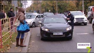 Одесские копы преподали урок водительской культуры родителям учеников одной из школ