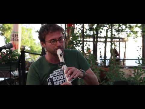 Ölü Çiçekler - Sokak Performansı (TENEKE TRAMPET)