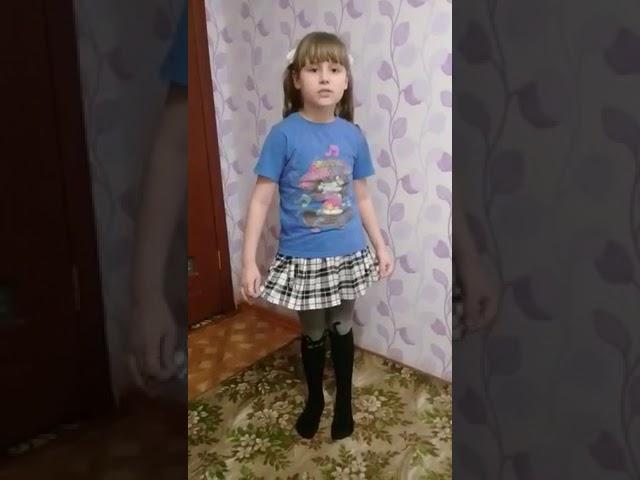 Изображение предпросмотра прочтения – ИлинаСаттарова читает произведение «Небылицы» (Русский фольклор )