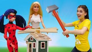 Строим замок для Барби и Леди Баг - Ох уж эти куклы