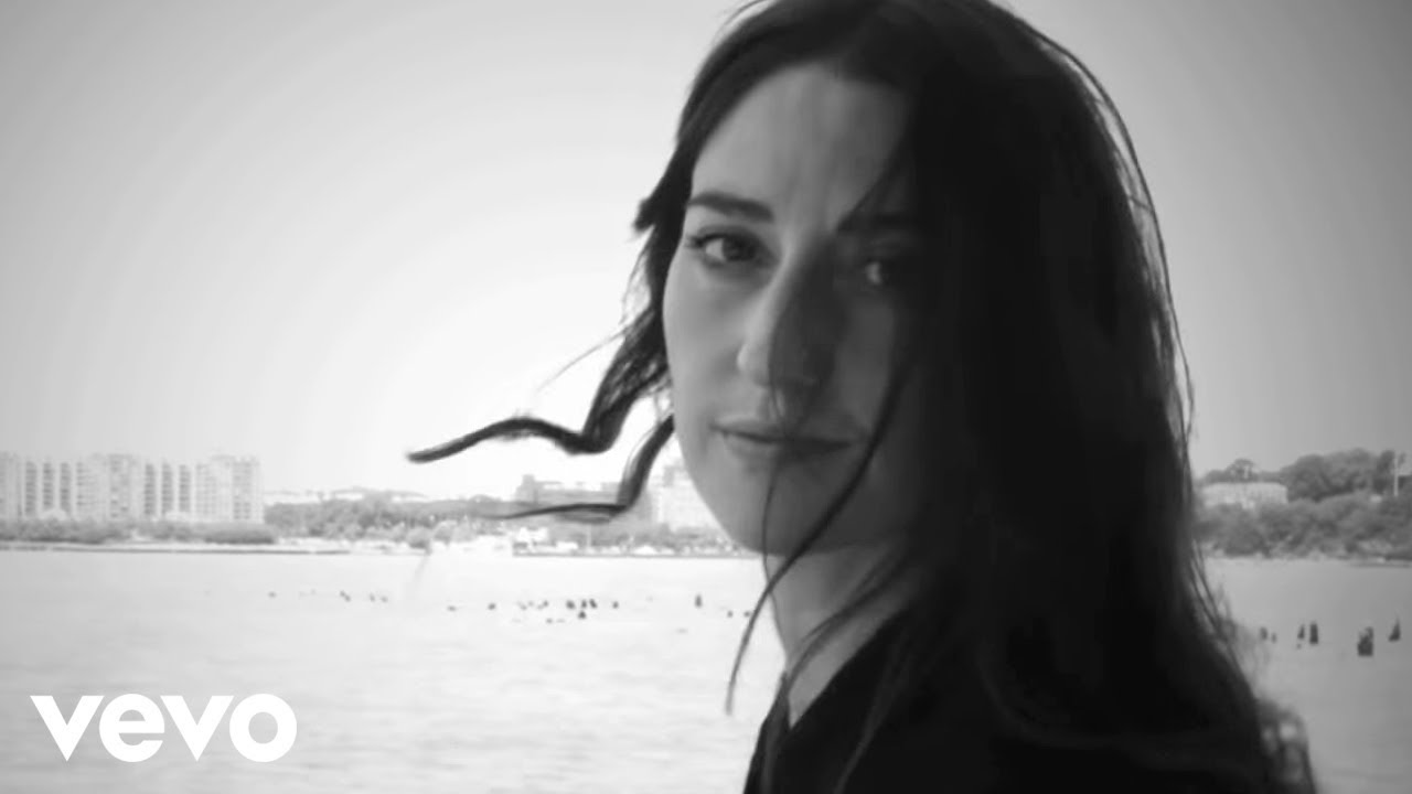 sara-bareilles-manhattan-lyric-video-sarabareillesvevo