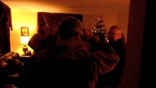 Soldier surprises girlfriend on Christmas Eve