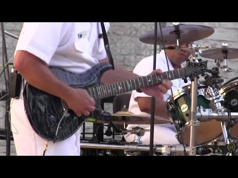 Round Rock's Music On Main Street - US Navy's The Cruisers