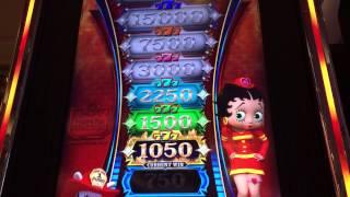 Bally Betty Boop's Firehouse Slot: Betty's Blazing Tower Bonus