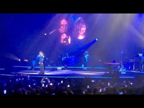 ELISA ON TOUR (Firenze 11/11/'16) - Duetto Con Renato Zero
