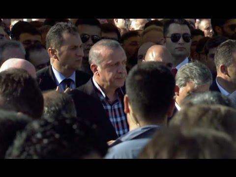 Erdoğan Gözyaşlarına Boğuldu