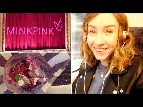 MINKPINK Event & Adorable Mittens!