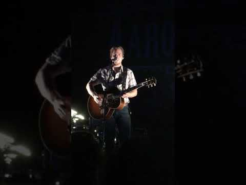 Aaron Lewis Brings out Guitarist Luke to Play Folded Flag Before it was Recorded