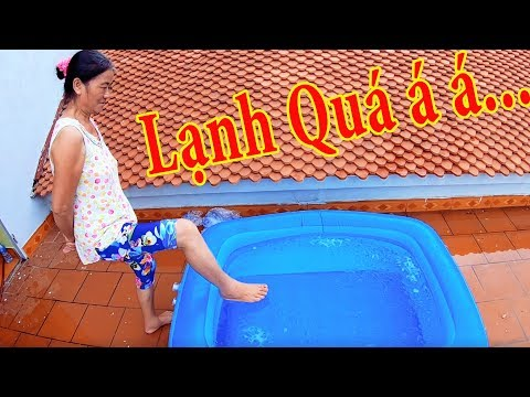 PHD | Thách Mẹ Tắm Nước Đá Lạnh | Ice Bath Challenge