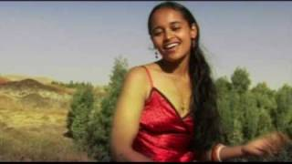Hanisha Solomon -- Amma | Oromifaa Music