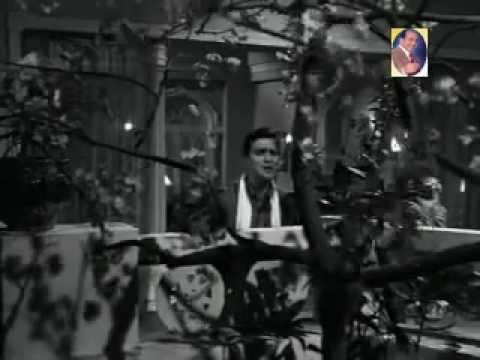 Mohd Rafi - -Itnee Haseen Itni Jawan Raat kya Kare=- Aaj Aur Kal ,.