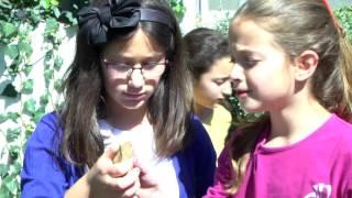 מדעי החברה - סרט ה2 בנות בית ספר דעת עופרה תשעו thumbnail