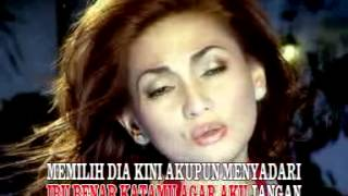 Download Lagu Nia Daniaty - Tak Ingin Dimadu [OFFICIAL] mp3