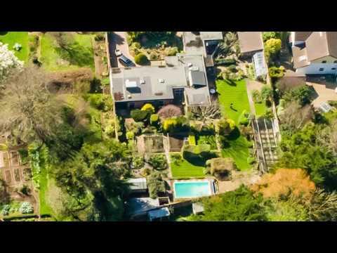 Old Gardens, Lympstone Devon. For sale by Bainbridges Exmouth