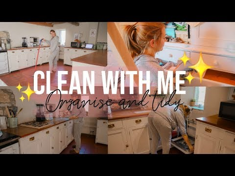 CLEAN WITH ME // CLEANING MOTIVATION // CLEANING OUR HOUSE / FARM HOUSE CLEAN