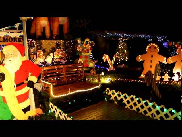 Chino California - The Christmas Lights of Chino!!! AWESOME!!
