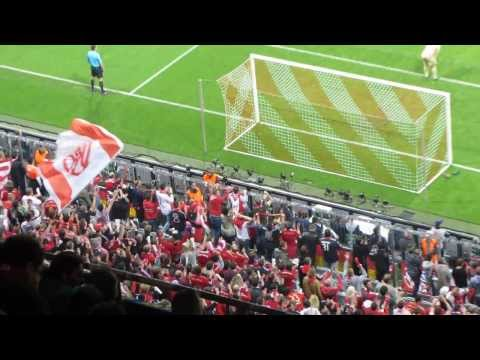 Gol de Müller 4-0 en 82' + Euforia grada que responde al speaker/Bayern Múnich 4-Barça 0