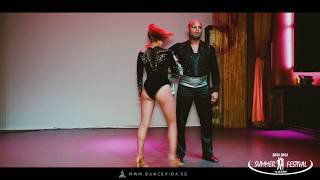 Miguel and Vittoria Kizomba show - Dance Vida