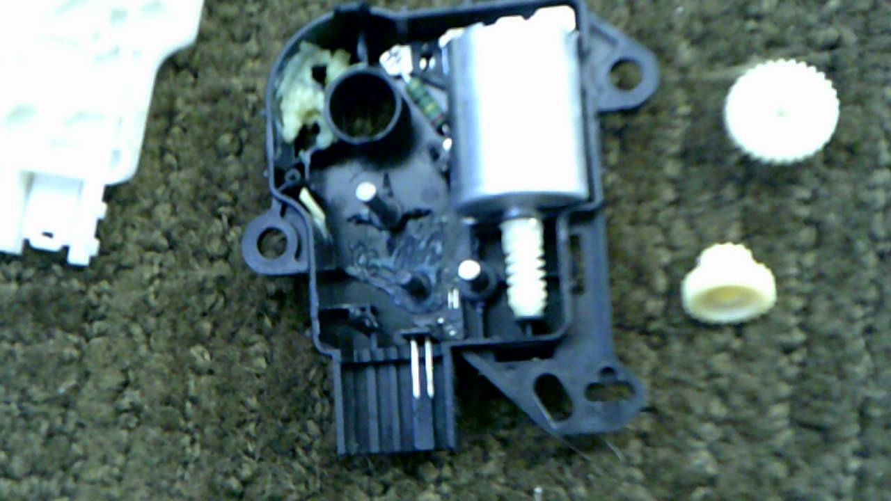 2008 Ford Taurus X Sel Blend Door Actuator Clicking Noise