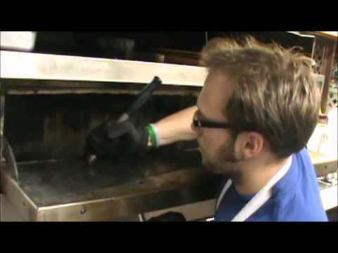 How to clean a commercial pizza oven