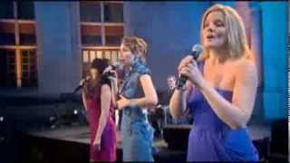 Méav, Yulia, Rita - The Wild Mountain Thyme: Live At Chambord Castle (Divinas PBS Special)
