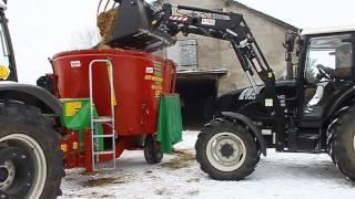 Strautmann Verti Mix 951 + Farmtrac 690 DT Mieszanie paszy