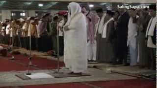 Video Syekh Sudais Menjadi Imam Sholat Jum'at di Masjid Istiqlal - Jakarta download MP3, 3GP, MP4, WEBM, AVI, FLV November 2019