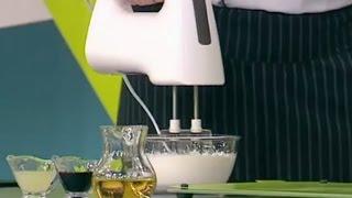 Готовим оливковый майонез(Рецепт оливкового майонеза Нужно: 1 яйцо, 250 г. оливкового масла, 1 ч.л. лимонного сока, по 1 ст.л. бальзамическо..., 2015-07-18T18:48:25.000Z)