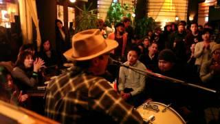 2011年11月24日(木) @SAGA king kitchen LIVE&DJ 渡辺俊美(TOKYO No.1 ...
