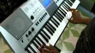 Yeh Mera Dil-Don-Indian instrumental- on keyboard by subhranil.flv