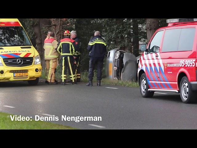 Bestuurder met spoed naar het ziekenhuis na ernstig ongeval in Albergen