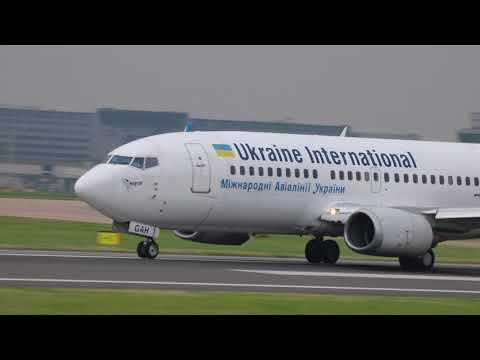 Ukraine International Airlines PS7780 AUI307 UR-GAH Boeing 737-32Q takeoff Manchester