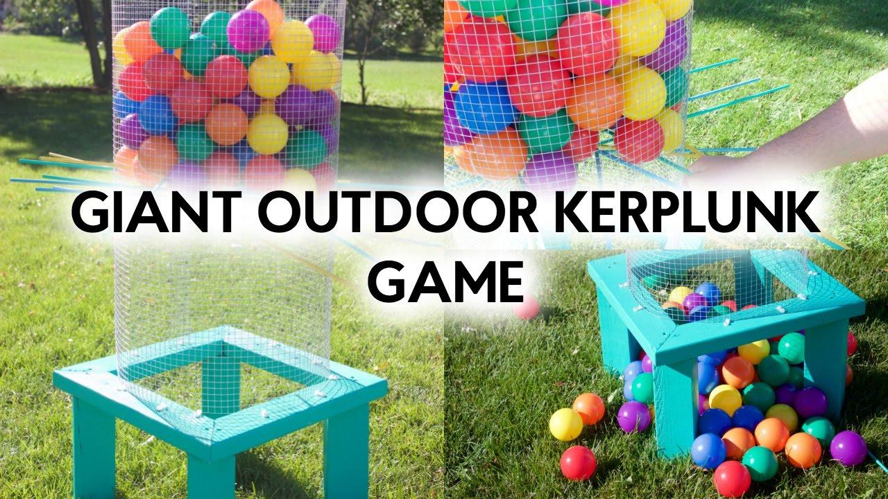Diy giant outdoor kerplunk game youtube diy giant outdoor kerplunk game solutioingenieria Images