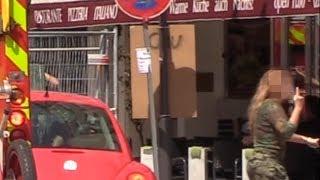 Passantin bremst Feuerwehr aus und beleidigt - B-Dienst + Löschzug BF Mannheim HFW