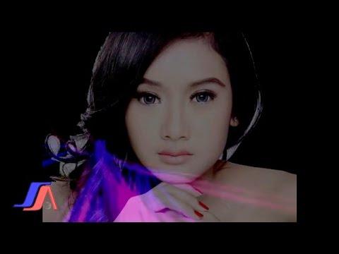 Sakitnya tuh Disini- Cita Citata (Official Lyric Video)