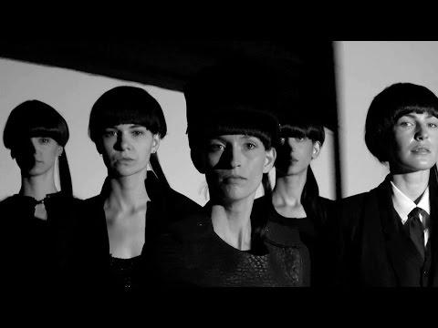 #180sec Berlin: Mode in schwarz-weiß