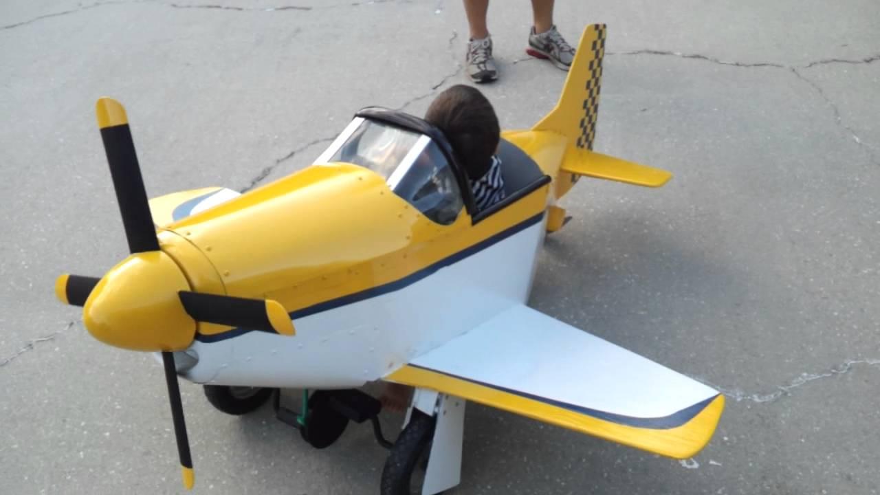 Luke in his pedal plane - YouTube