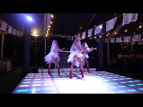Gay Wedding - Best surprise high heel dance!Kaynak: YouTube · Süre: 3 dakika12 saniye