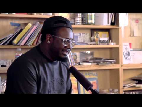Watch T-Pain Sing Without Auto-Tune And Prepare To Be Shocked !!!
